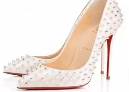 Christian Louboutin stores: hottest time limited VIP sale