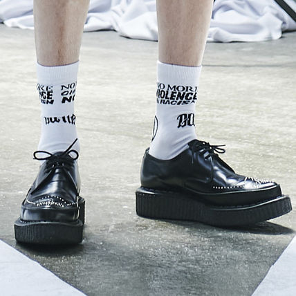 ANOTHERYOUTH another youth lettering socks-white