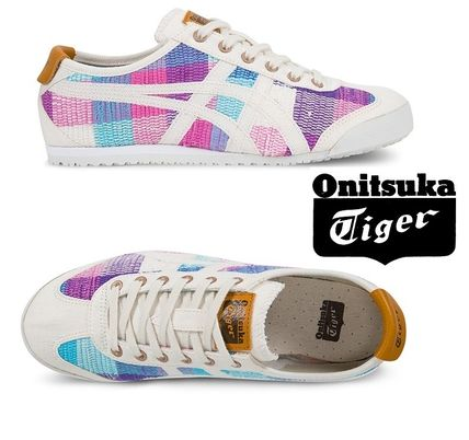 And, this sold out SAKIORI MEXICO 66 ONITSUKA TIGER