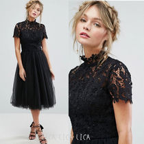 国内発送ASOS/Chi Chi London High Neck Lace Midi Dress