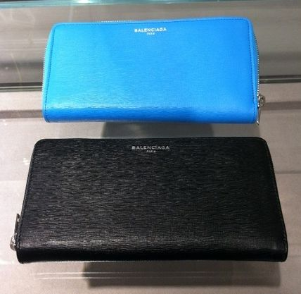VIP SALE BALENCIAGA Essential Zip Around long wallet