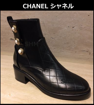 sold out inevitable * early * quilting elegant CHANEL black.