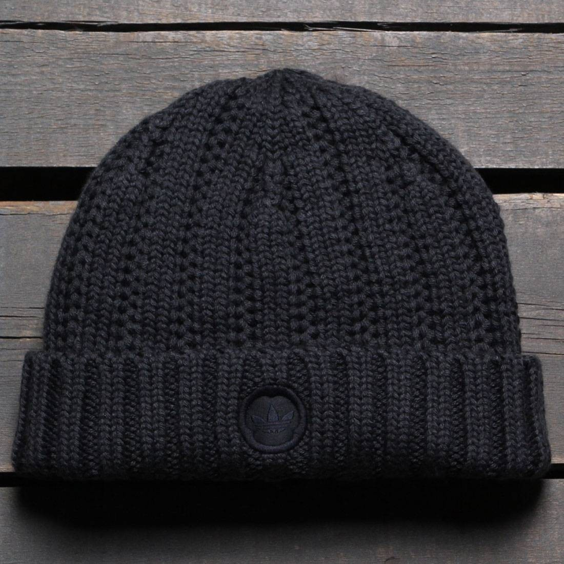 【送料無料】ADIDAS CONSORTIUM X WINGS AND HORNS BEANIE