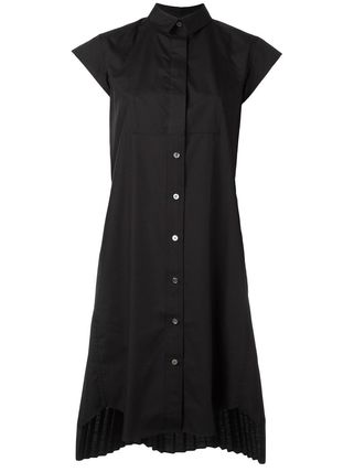 Back pleat t-shirt dress