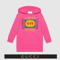 GUCCI イエローGGとグリーン&レッドがクール ピンク パーカー