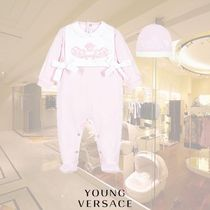 YOUNG VERSACE(ヤングヴェルサーチ) ベビーその他 YOUNG VERSACE/ガールズ ベビーグロー&ハットギフトセット