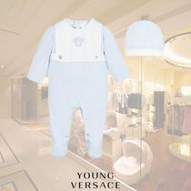 YOUNG VERSACE(ヤングヴェルサーチ) ベビーその他 YOUNG VERSACE/ボーイズブルーベビーグロー&ハットギフトセット