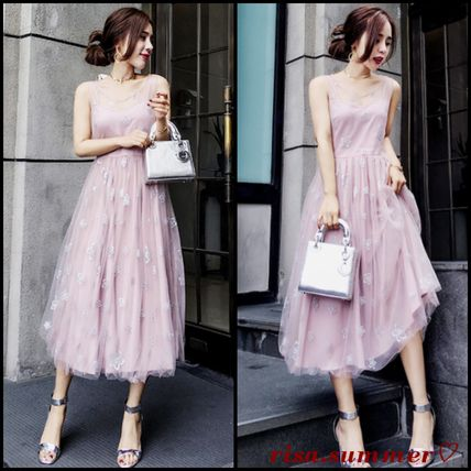 Midi-length tulle dress with flower embroidery organza