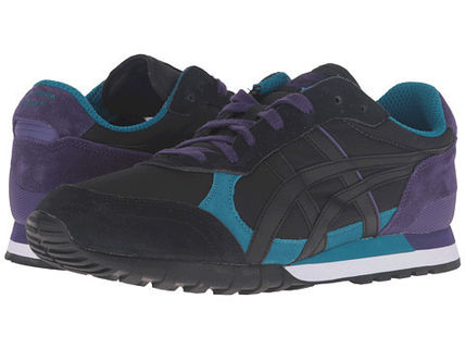 Quantities limited popular ONITSUKA Tiger sneakers