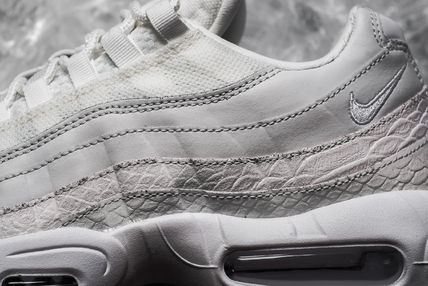 Nike スニーカー 【送料無料】NIKE AIR MAX 95 PREMIUM WHITE PACK  SUMMIT WHITE(3)