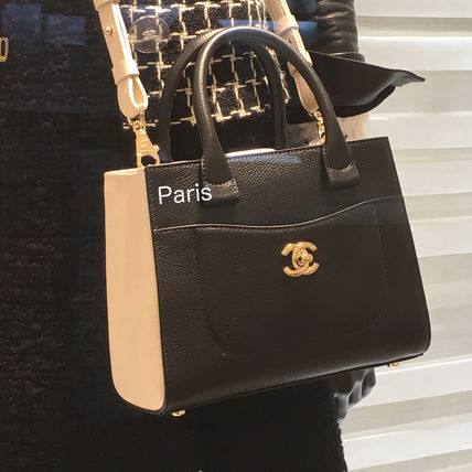 17Metier d'Art collection限定!CHANEL ショッピングトート♪