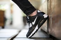 ★WMNS★[NIKE]Air Max 90 Essential【送料込】