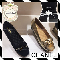 17AW【国内発送】CHANEL★チェーン付きローファー*2色