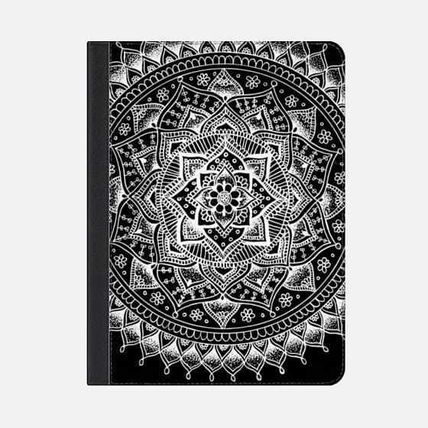 Casetify iPad・タブレットケース ★Casetify★iPadケース:PRETTY LACE MANDALA FLOWER (WHITE O