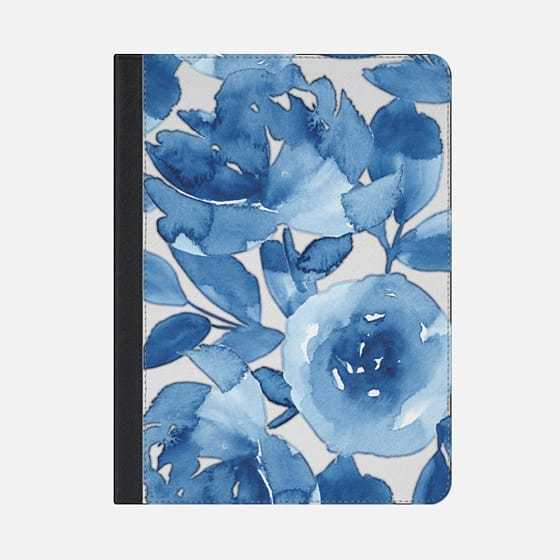 ★Casetify★iPadケース:BLUE WATERCOLOR FLOWERS
