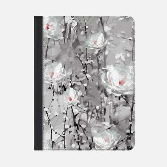 ★Casetify★iPadケース:PAINTED SNOWY WINTER FLOWERS PA