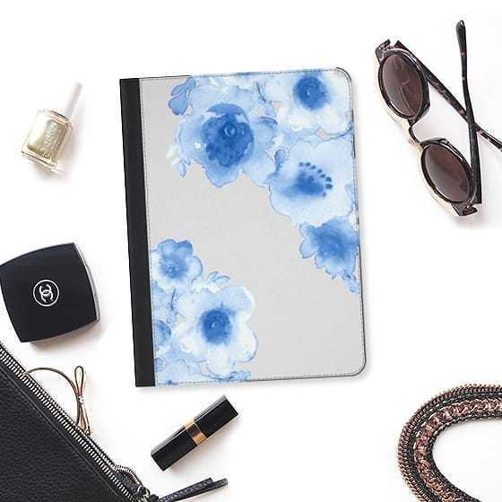 ★Casetify★iPadケース:LOVE BLUE FLOWERS