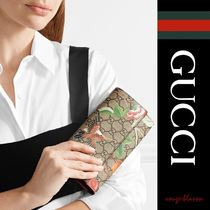 【国内発送】GUCCI 財布 Printed coated-canvas wallet
