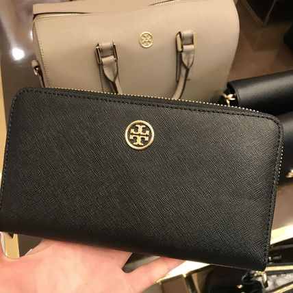 Tory Burch ROBINSON ZIP CONTINENTAL WALLET★ブラック