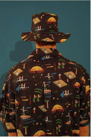 日本未入荷MAIN BOOTHのVacationer Bucket Hat 全2色