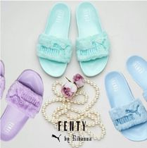 PUMA BY RIHANNA LEADCAT FENTY SLIDE ファーサンダル パステル