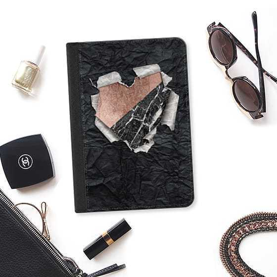 ★Casetify★iPadケース:MODERN BLACK AND WHITE TORN PAPER