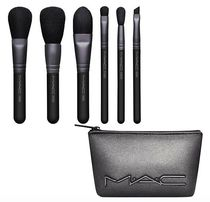 限定*M.A.C*LOOK IN A BOX ブラシ6点セット Basic Brush Kit
