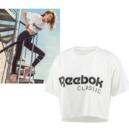 Reebok(リーボック)  CLASSICS CROPPED GRAPHIC TEE