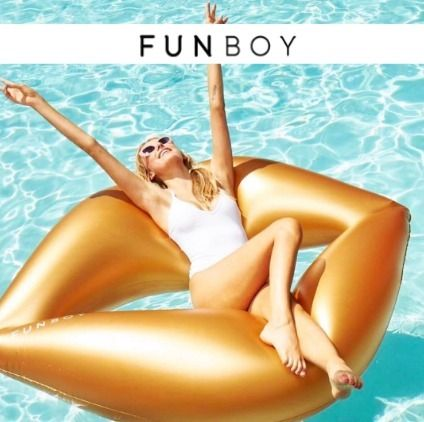 【SNSで話題】FUNBOY Metarric Gold Lip Float【関税送料込み】