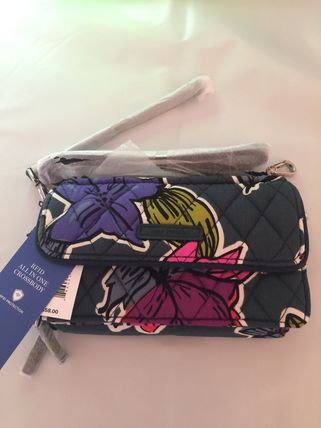 Vera Bradley iPhone・スマホケース All in one Crossbody for iPhone 6+