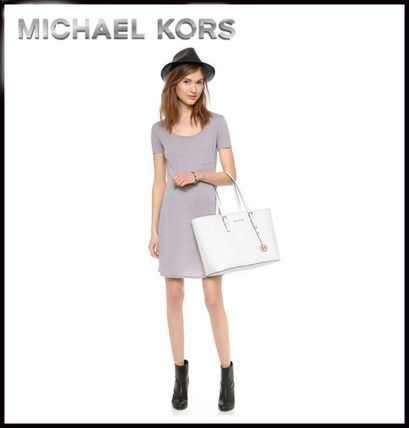 Michael Kors マザーズバッグ MICHAEL KORS★JET SET MEDIUM TRAVEL TOP ZIP TOTE 国内発送!(17)