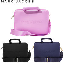 MARC JACOBS(マークジェイコブス) バッグ・カバンその他 MARC BY MARC JACOBS★新作 ノートパソコンショルダーケース 3色