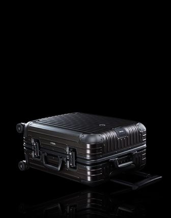 MONCLER スーツケース RIMOWA×MONCLER★TOPAS STEALTHビジネス・1st機内56㌢45㍑4輪(2)