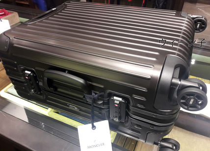 MONCLER スーツケース RIMOWA×MONCLER★TOPAS STEALTHビジネス・1st機内56㌢45㍑4輪(13)