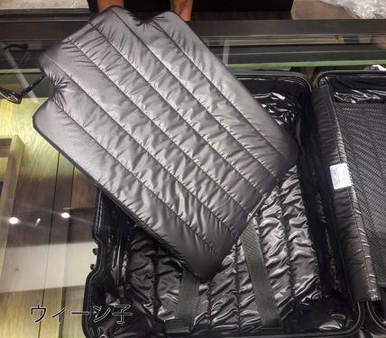 MONCLER スーツケース RIMOWA×MONCLER★TOPAS STEALTHビジネス・1st機内56㌢45㍑4輪(10)