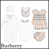 Burberry(バーバリー) ベビーその他 【関税/送料込】Burberry Baby Girls Maxime Gift Set 国内発送