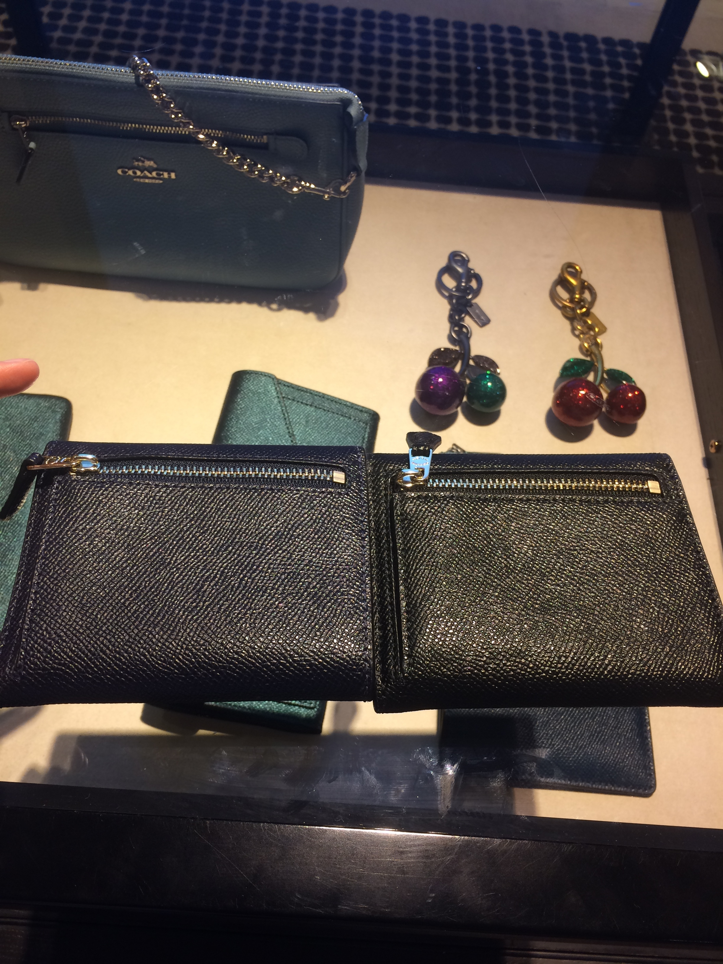 COACH◆SMALL wallet in crossgrain leather ネイビー