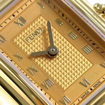 大特価 FENDI(フェンディ)Classico Rectangle Gold Ladies Watch