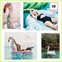 Urban Outfitters(アーバンアウトフィッターズ) うきわ Urban Outfitters★ピンクフラミンゴのうきわ!花柄 フラワー