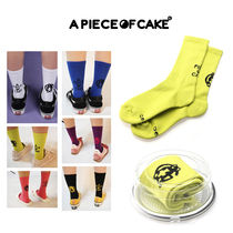A PIECE OF CAKE(ピースオブケイク) タイツ・ソックス A PIECE OF CAKE★韓国の人気商品★Mismatched Socks(lime)
