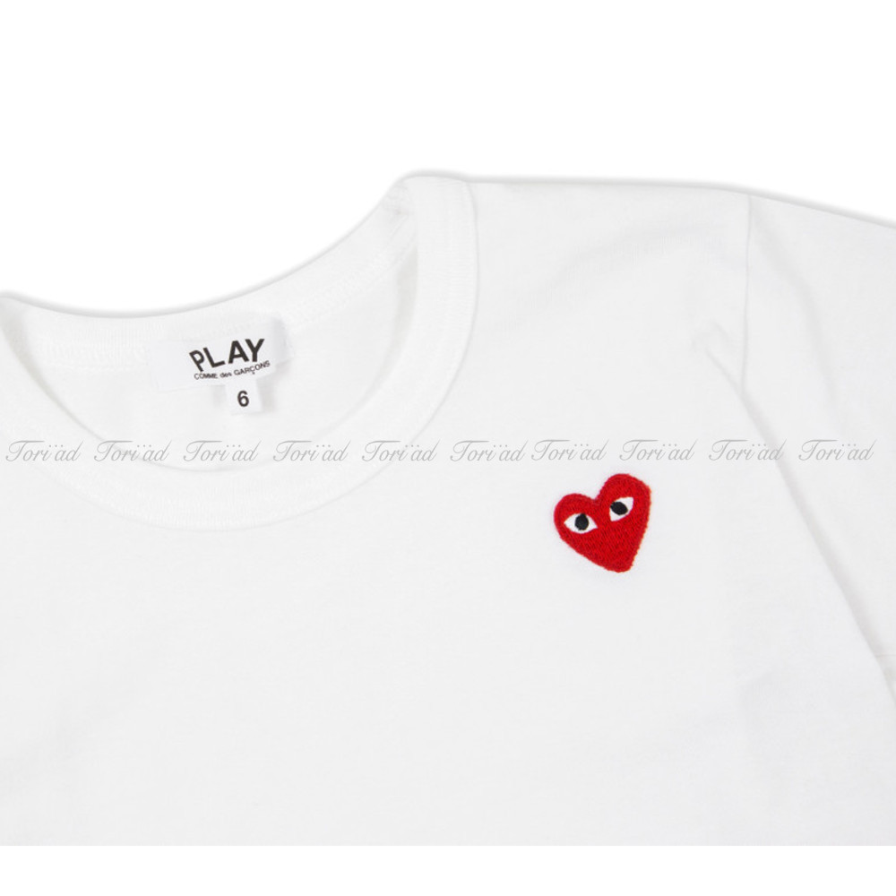 PLAY COMME des GARCONS★ハートロゴ入り★ホワイトTシャツ