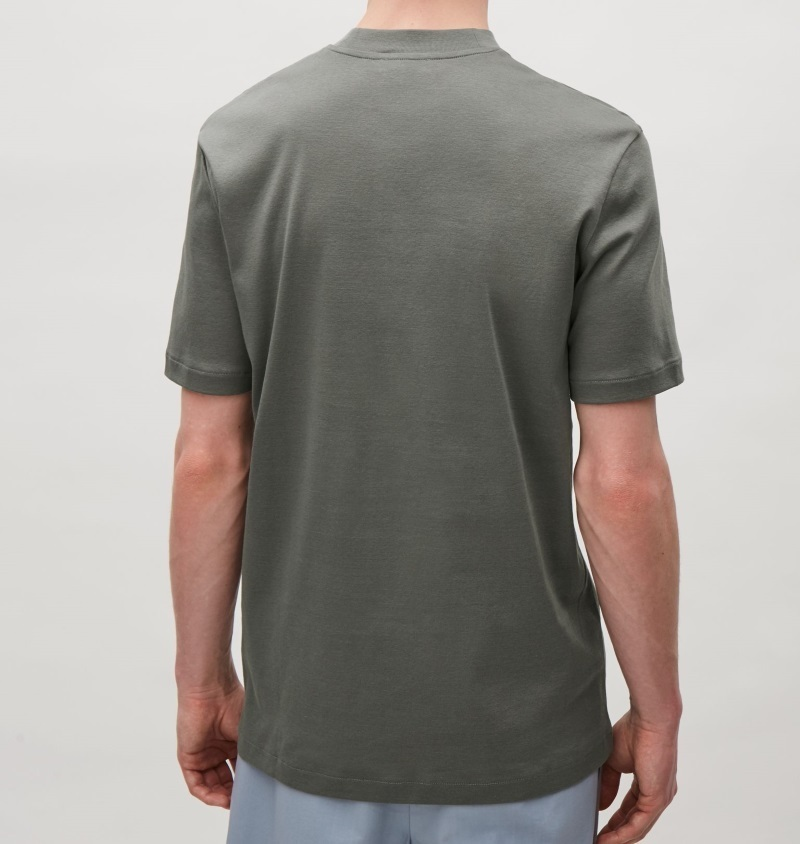 """""""COS MEN""""T-SHIRT WITH RAISED NECK COCOA"""