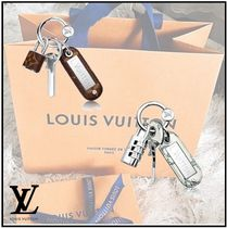 Louis Vuitton(ルイヴィトン) キーケース・キーリング 【直営店】 ルイヴィトン バッグチャーム モノグラム ロック