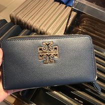 Tory Burch(トリーバーチ) 長財布 Tory Burch Britten Continental Wallet★長財布★ネイビー