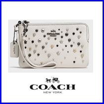 Coach(コーチ) 財布・小物その他 ★COACH SMALL Wristlet with Star Rivets★送料込