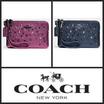 Coach(コーチ) 財布・小物その他 ★COACH Star Rivets Wristlet in Metallic Leather★送料込