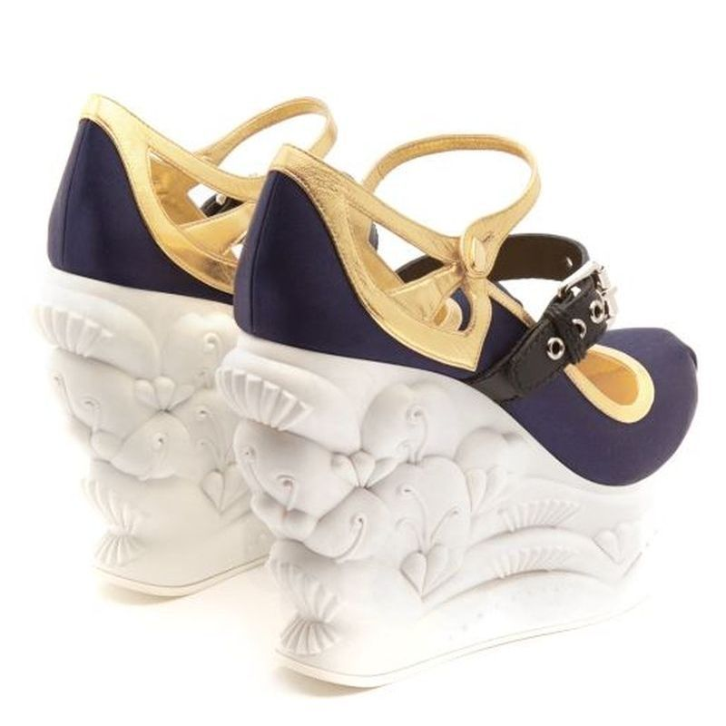 【MiuMiu】 ミュウミュウ Embossed satin ballet wedge pumps