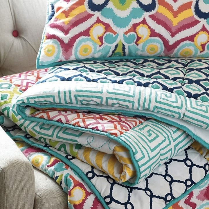 【ベッドルームを華やかに♪】Pottery Barn Palm Springs Quilt