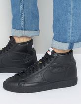 Nike Blazer Mid Trainers In Black 429988-007