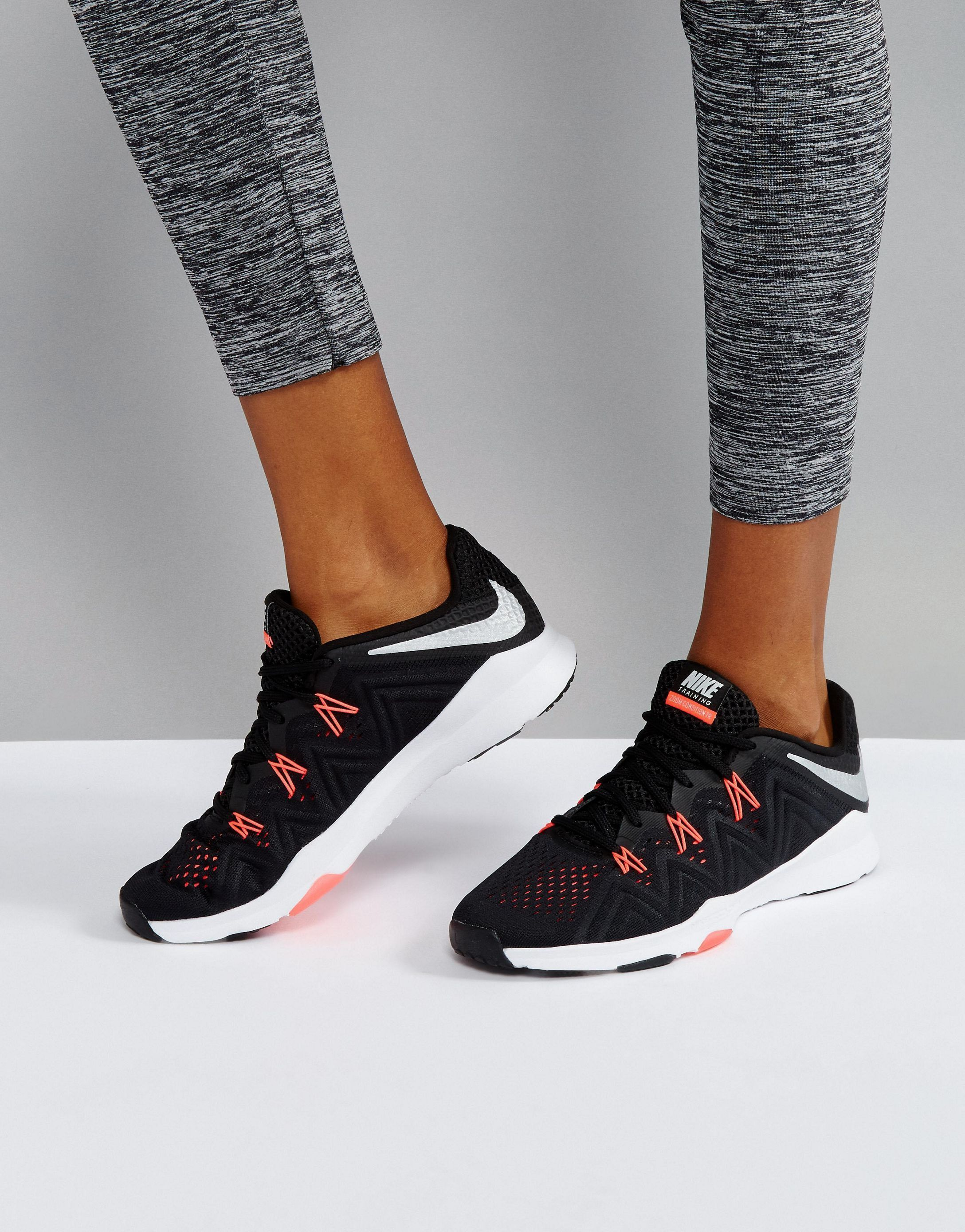 送料無料Nike Training Zoom Condition スニーカー In Black